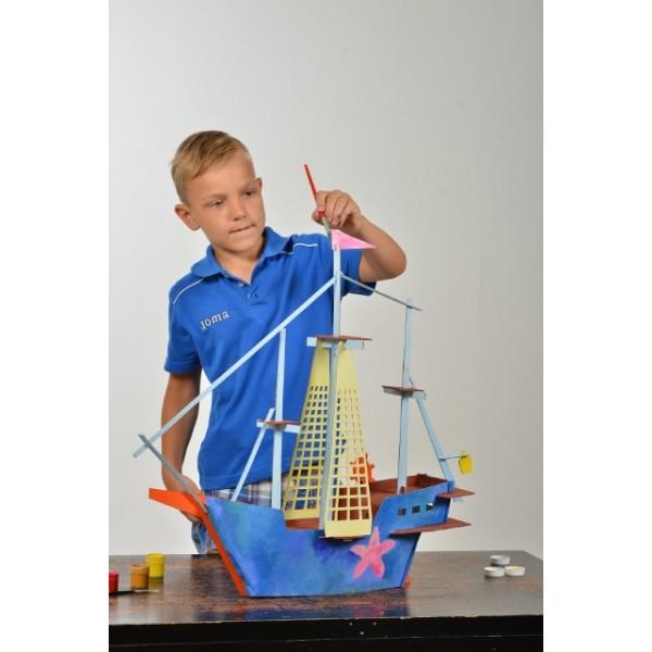 Kokkupandav kartonglaev
